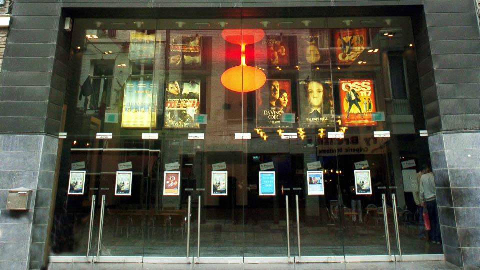 Cliquez ici pour en savoir plus sur CINEMA PALACE